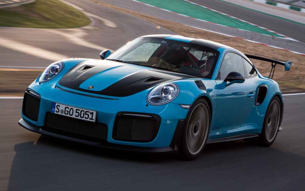 Blue 2017 Porsche 911 Gt2 Rs Wallpapers And Hd Images Car Pixel
